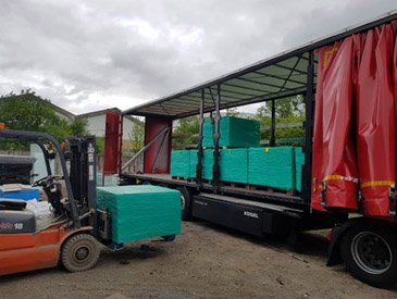 Loading 24 pallets on truck (864m2)